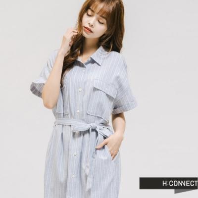 H:CONNECT 韓國品牌 女裝 -直條紋腰間綁帶襯衫洋裝-藍