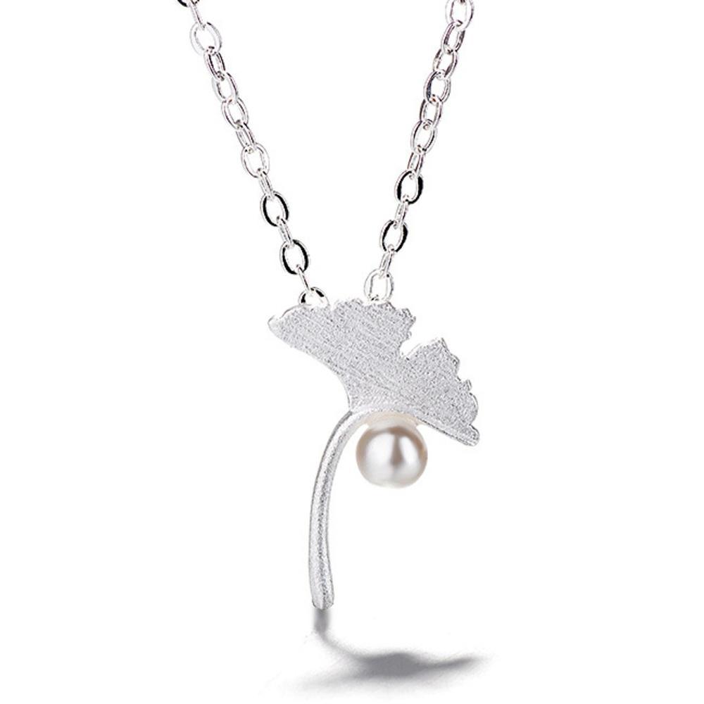 iSFairytale伊飾童話 楓葉珍珠 絲光磨砂白銀銅鍍30銀項鍊
