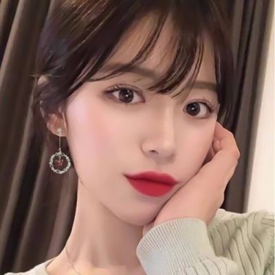 梨花HaNA 韓國925銀蝴蝶心中的花園耳環