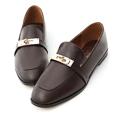 D+AF 品味個性.金色鎖釦小方頭樂福鞋*咖