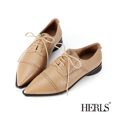 HERLS牛津鞋-全真皮橫飾沖孔尖頭紳士鞋牛津鞋-卡其色