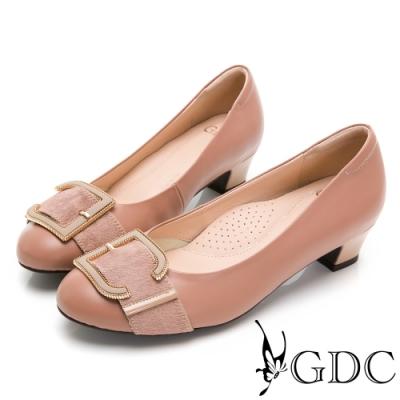 GDC-真皮馬毛歐美知性設計感釦飾低跟鞋-粉色