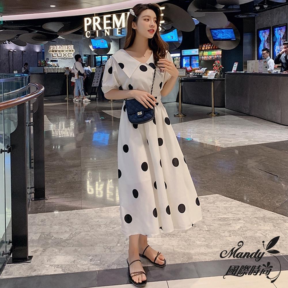 Mandy國際時尚 短袖洋裝 中長款V領收腰顯瘦大波點連身裙