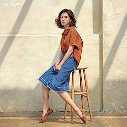 H:CONNECT 韓國品牌 女裝-落肩棉短袖襯衫-棕