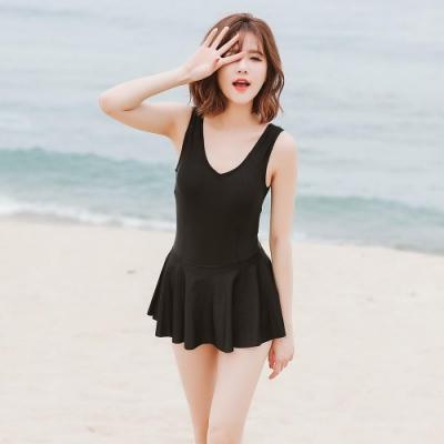 SUPER COLOR 簡約甜美露背小裙襬連身泳裝-時尚黑