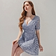 AIR SPACE 低胸V領鏤空雕花蕾絲短洋裝(藍) product thumbnail 1