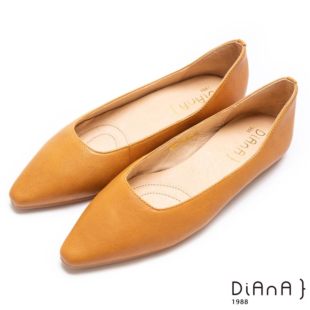DIANA 水染羊皮素色平底方尖頭休閒鞋-樂活優雅–棕