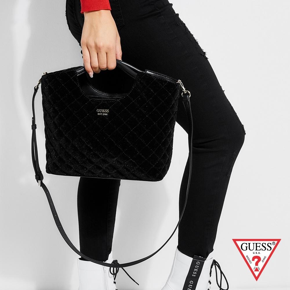 GUESS-女包-天鵝絨菱格壓紋手提肩背-黑