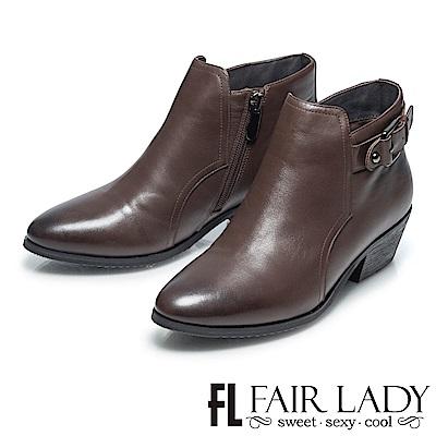 Fair Lady 俏麗尖頭扣飾拉鍊粗跟短靴 咖