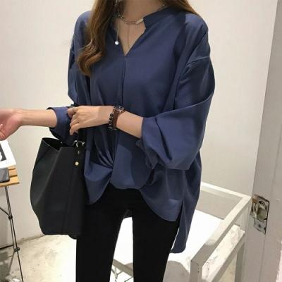 JILLI-KO 打摺造型寬鬆雪紡衫- 深藍