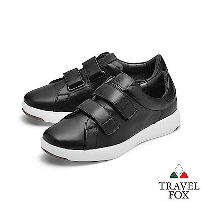 TRAVEL FOX(女) 輕雲系列 超軟牛皮雙側扣輕量舒適運動鞋 - 黑金黑