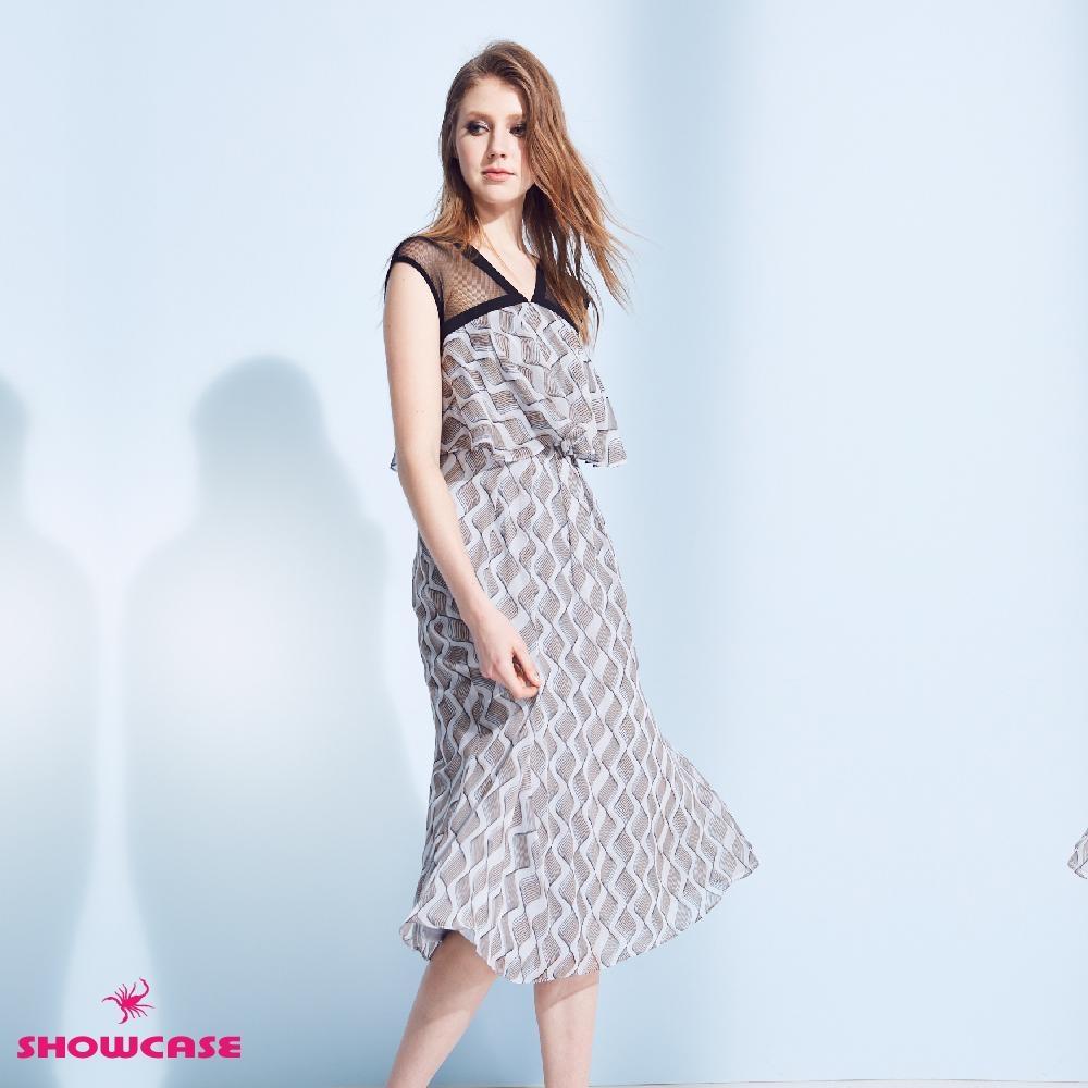 【SHOWCASE】V領網紗拼接波浪印花無袖雪紡洋裝(灰)