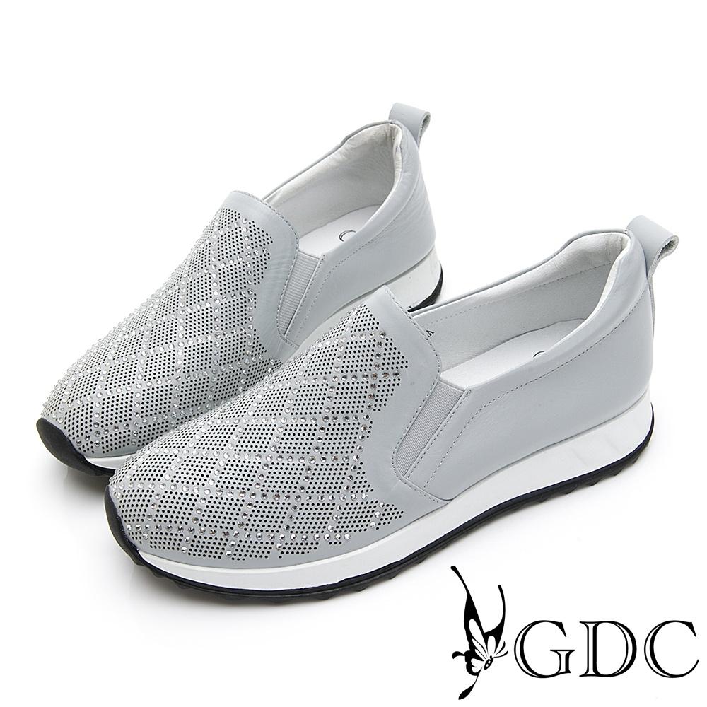 GDC-真皮水鑽超舒適軟底菱格厚底休閒鞋-淺藍色