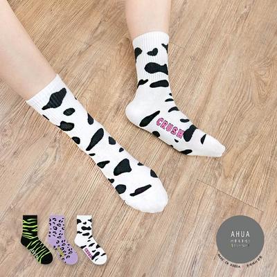 阿華有事嗎  韓國襪子  滿版動物紋CRUSH中筒襪 韓妞必備 正韓百搭純棉襪