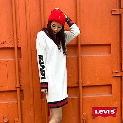 Levis 女款 大學T洋裝 寬鬆落肩設計 V領撞色滾邊 Logo亮片 內刷毛