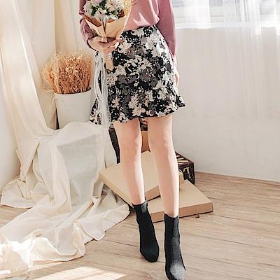 質感厚實平織復古印花荷葉邊短裙-OB大尺碼