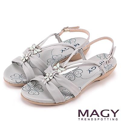 MAGY 夏日甜心 蝴蝶寶石Y字踝帶低跟涼鞋-淺藍