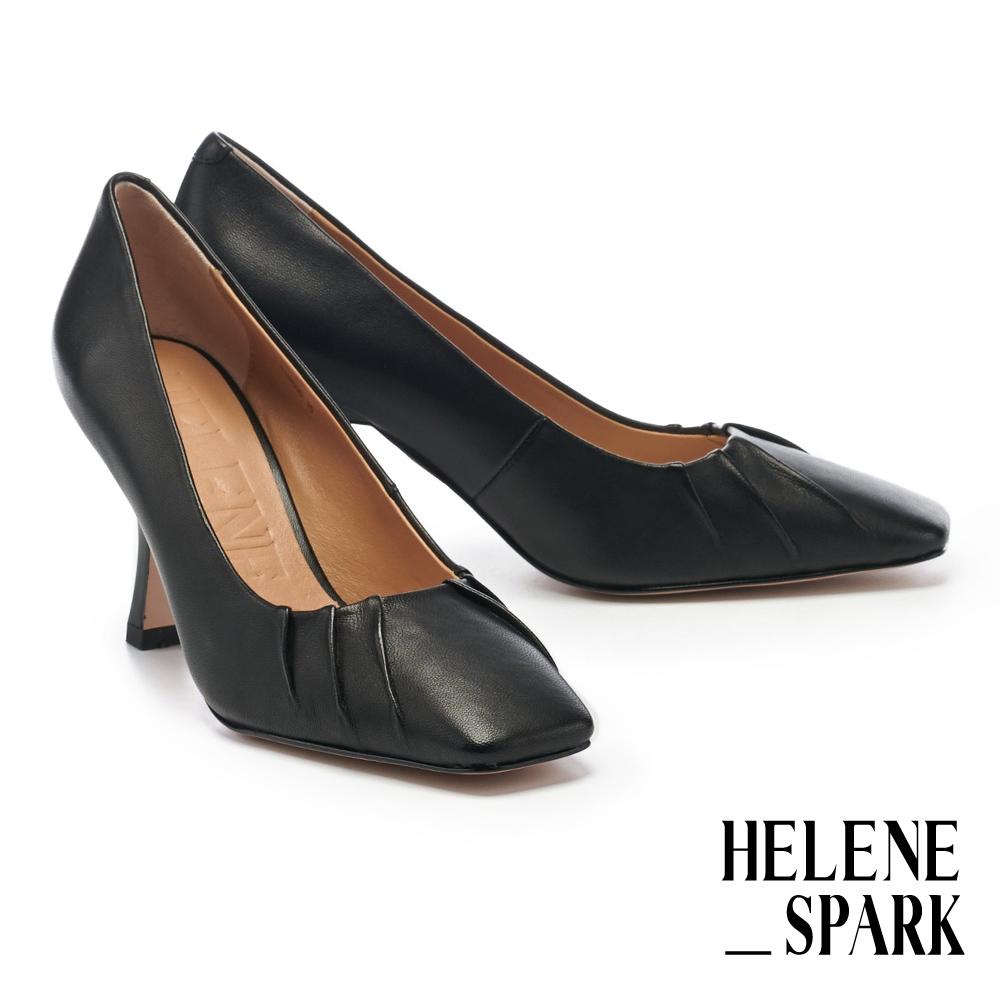 高跟鞋 HELENE SPARK 極簡時髦超軟羊皮小抓皺美型方頭高跟鞋-黑