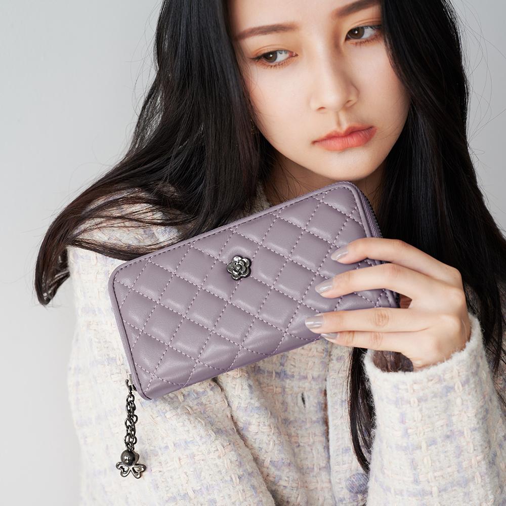 2R 綿霜羊皮KOKO極軟菱格長夾 羅蘭粉紫