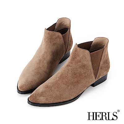 HERLS 率性好感 全真皮側鬆緊麂皮低跟踝靴-卡其灰