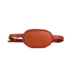 MARKBERG Eloise 丹麥手工牛皮率性長橢圓腰包 胸包 斜背包(溫煦橘)