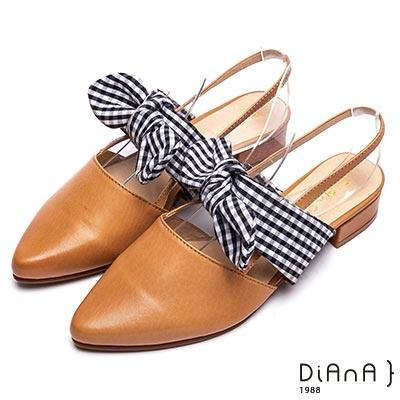 DIANA 復古小姐-黑白格紋蝴蝶結尖頭低跟涼鞋-棕
