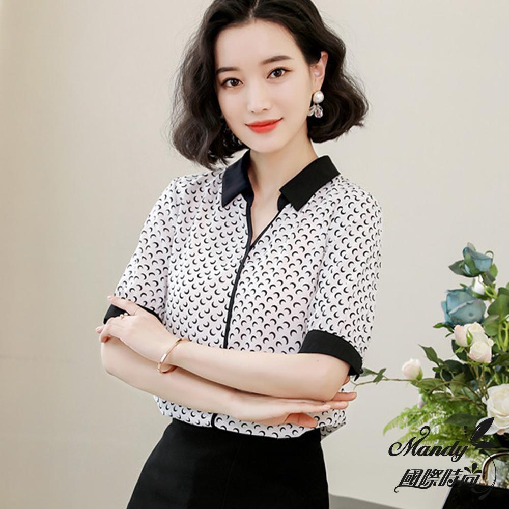 Mandy國際時尚 短袖襯衫 V領印花顯瘦雪紡上衣_預購【韓國服飾】