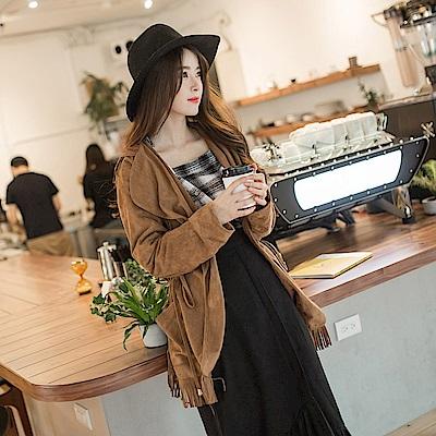 麂皮質感抽繩設計下擺流蘇造型翻領連帽長版外套2色-OB大尺碼