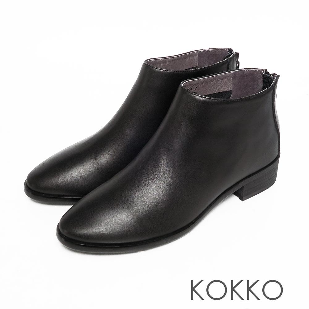 KOKKO極簡率性小牛皮後拉鍊粗跟踝靴霧黑色