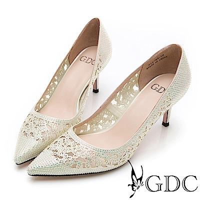 GDC-水鑽閃耀宴會必備尖頭簍空氣質高雅高跟鞋-米色