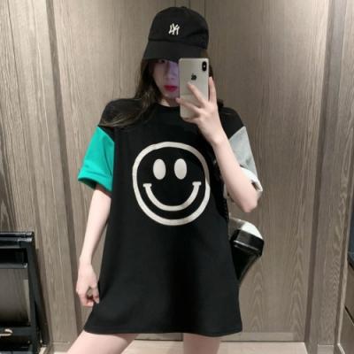 La Belleza笑臉印花袖子撞色配色長版T恤