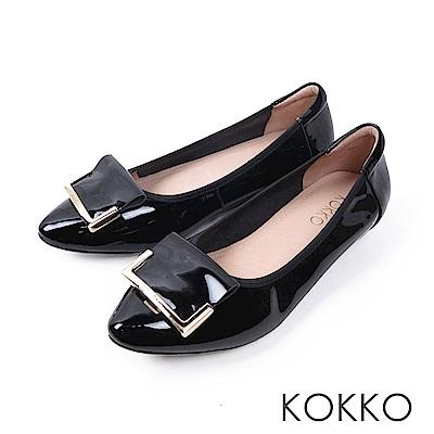 KOKKO -雨後的天空尖頭漆皮平底鞋-水墨黑