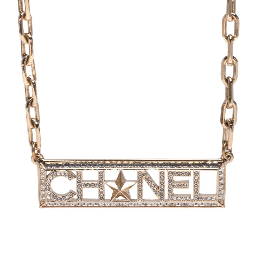 CHANEL 經典品牌LOGO水鑽鑲嵌五角星裝飾長方鎖鍊造型項鍊(金)