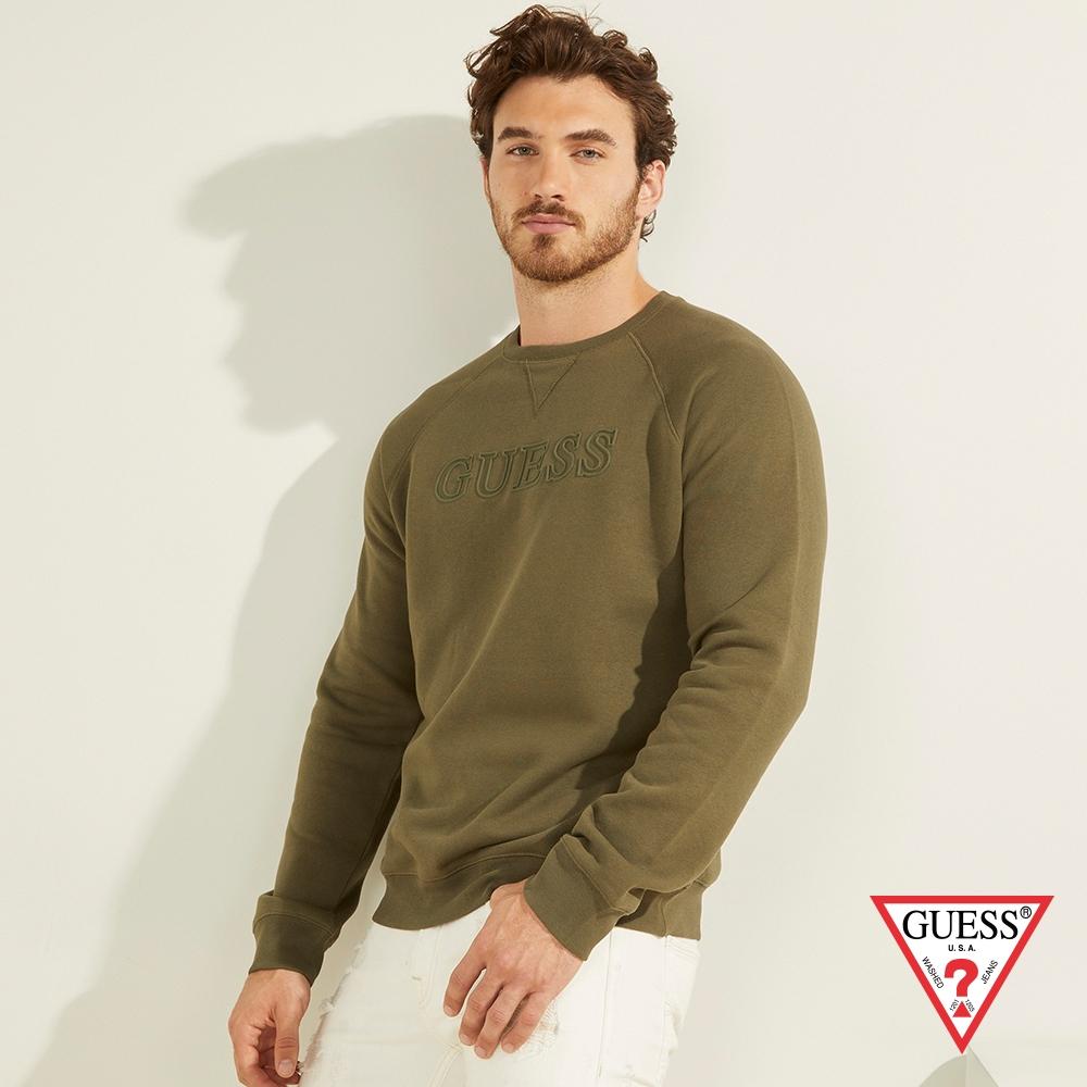 GUESS-男裝-純色壓印LOGO大學T-綠 原價2090