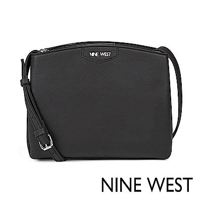 NINE WEST JAMAE圓弧梯形斜背包-黑色(518769)