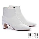 短靴 HELENE SPARK 極簡主義皺漆皮高跟短靴-白