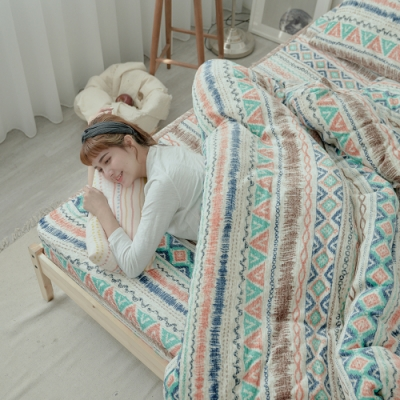 BUHO 極柔暖法蘭絨兩用毯被床包雙人特大四件組(波荷奇珂)