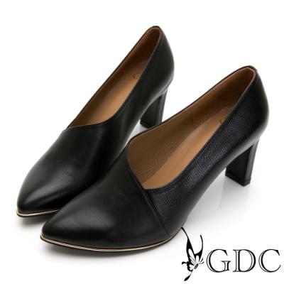 GDC-時尚都會拼接皮紋真皮斜裁切尖頭跟鞋-黑色