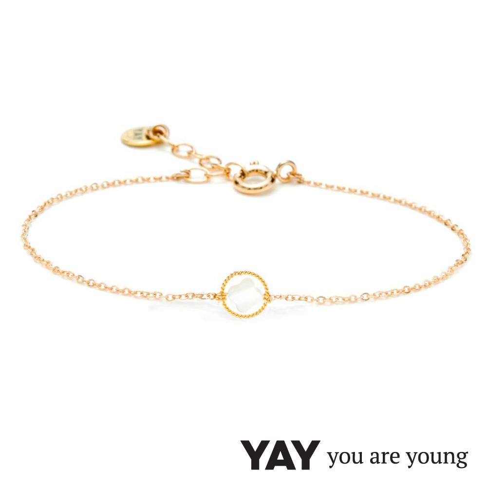 YAY You Are Young White Swan 珍珠母貝幸運草手鍊 金色X白色