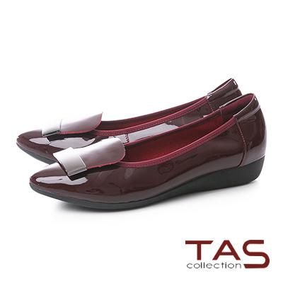 TAS金屬一字造型漆皮尖頭娃娃鞋–品味紅