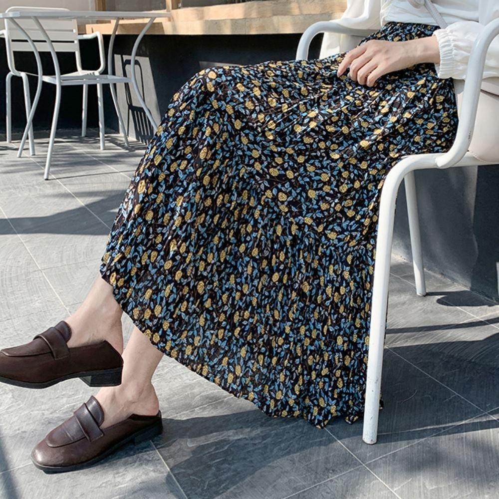 La Belleza鬆緊腰小玫瑰花壓折滑料百摺裙大擺裙(有內襯) product image 1