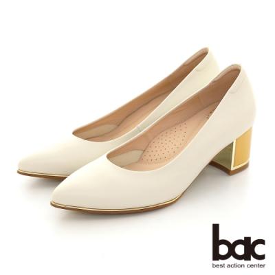 【bac】尖頭金屬裝飾配色粗跟高跟鞋-米