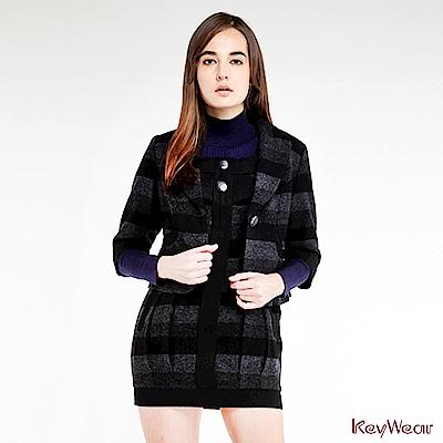 KeyWear奇威名品毛呢條紋縮腰商務短版七分袖外套-黑色