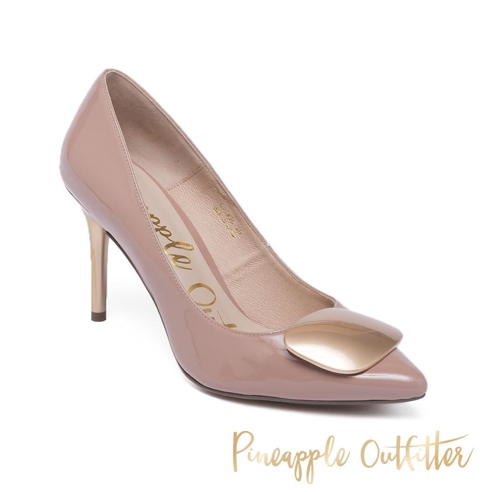 Pineapple Outfitte-GIAH 氣質尖頭扣飾高跟鞋-鏡粉色