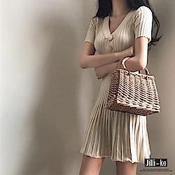 Jilli-ko 薄款壓摺紋針織連身裙- 杏