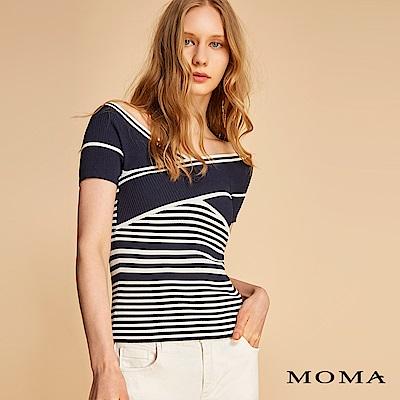 MOMA 交差領針織上衣