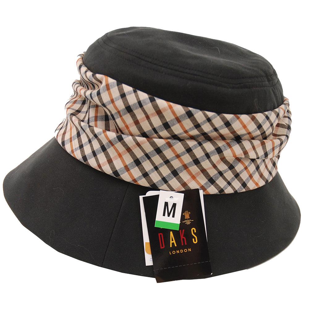 DAKS 日本製抗UV科技纖維經典格紋布LOGO造型帽(黑底)