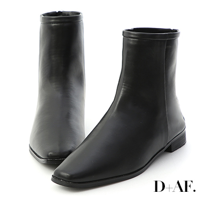D+AF 風格簡約.素面小方頭後拉鍊短靴*黑