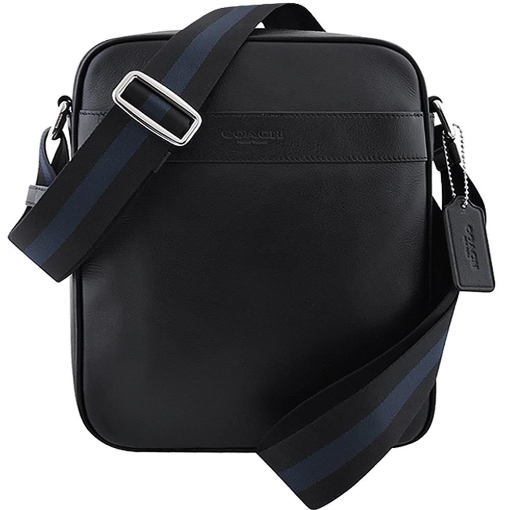 COACH 黑色皮革壓紋斜背包