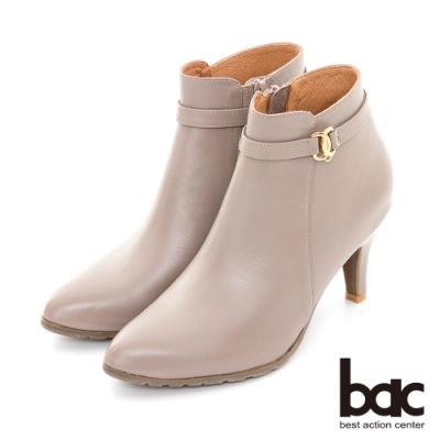 【bac】簡約尖頭金屬裝飾釦高跟短靴-芋色